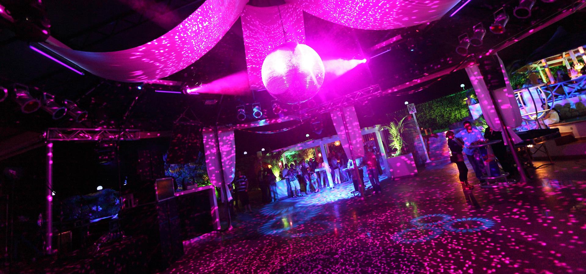 Aurora Club 6